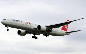Turkish_Airlines_B777-300ER_TC-JJB_at_LHR-2