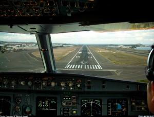 vasi-visual-approach-slope-indicator-A321-231_GCLP-LPA